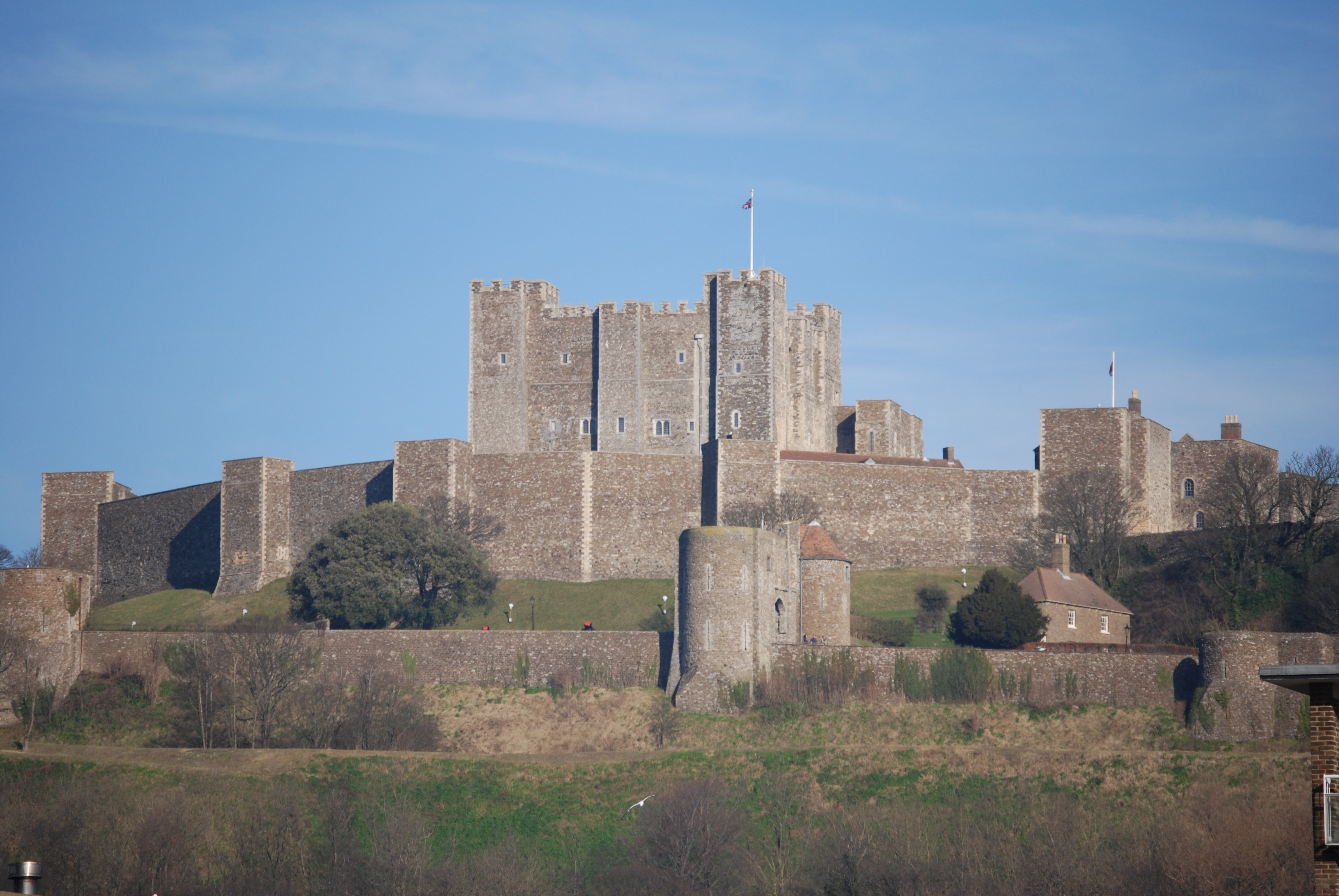 Architecture design of the dover castle the largest for Castle architecture design