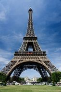 Eiffel Tower is the main simbol of Paris, and the most popular monument for tourists