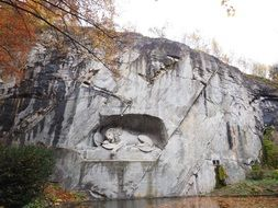 monument to the lion in the rock