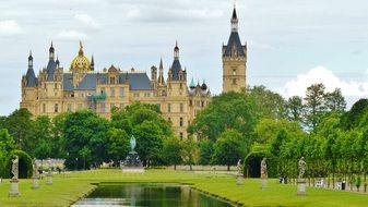 schwerin castle and park front view