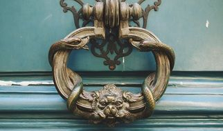 design antique door handle in Paris