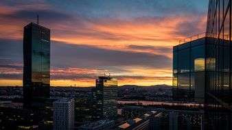cityscape of Vienna during sunset