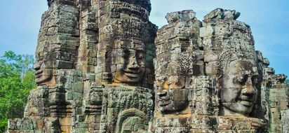 Bayon, Buddhist shrine with stone faces, angkor wat temple, cambodia