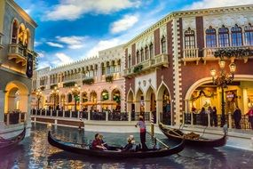 venetian las vegas gondola on canal hotel buildings