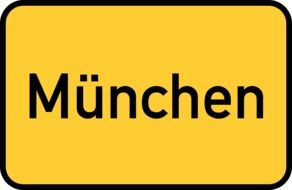 Munchen (Munich) yellow town sign