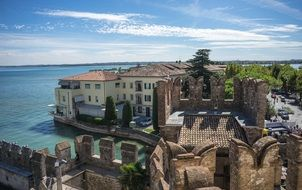 beauteous architecture of lake garda sirmione