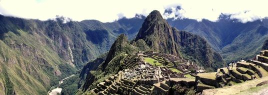 inca old city of machu pichu peru