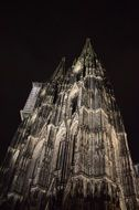 cologne dom building night view
