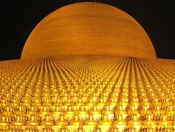 dhammakaya pagoda with more than million budhas