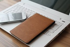 notebook smartphone home office work