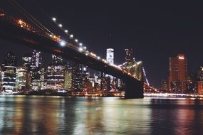brooklyn bridge in new york at night