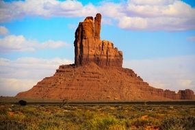 monument valley, red sandstone buttes in rocky desert, usa, utah