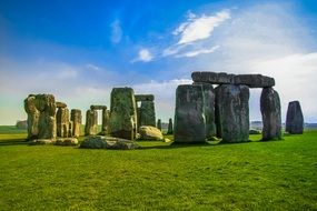 stonehenge stones historical monument day view