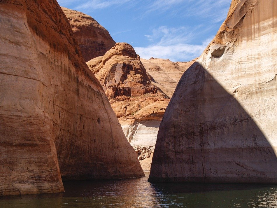 high red rocks at lake powell, usa, utha, arizona