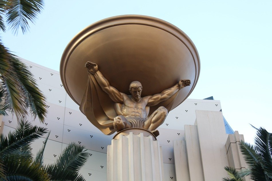 bronze statue at MGM Grand, usa, nevada, las wegas