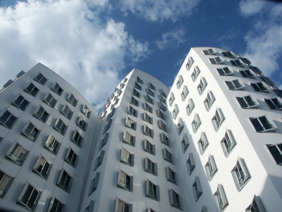 twisted white building by gehry, germany, düsseldorf