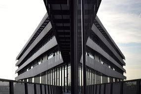 mirroring Modern architecture building