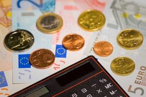 money euro coins bank note calculator