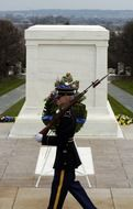 guard of honor at arlington national cemetery
