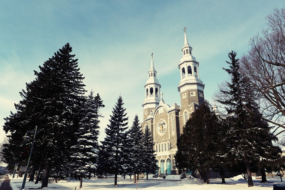 quebec church winter trees