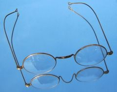 gold reading glasses
