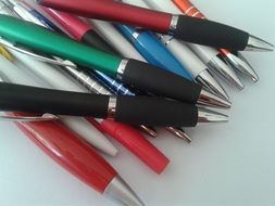 pile of pens