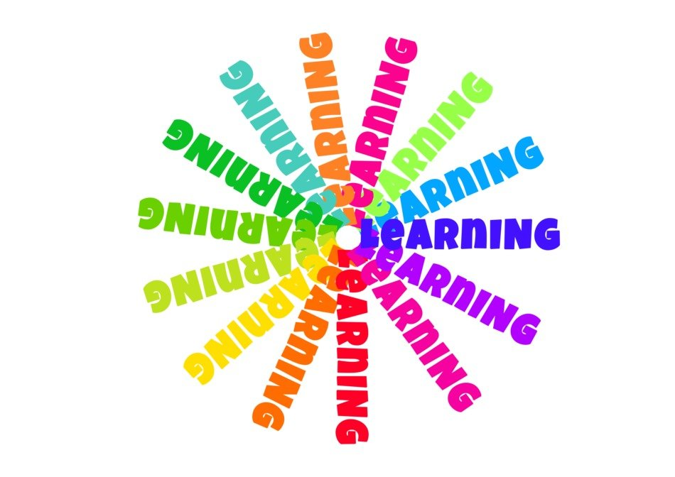 multicolour learning inscriptions in a circle
