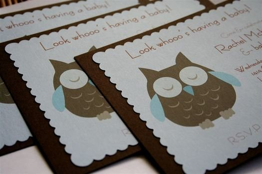 baby shower invitation with an owl