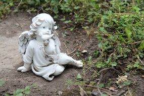 seating angel decoration guardian garden white statue