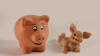 Small marzipan pigs