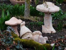 Ceramic figures in the form of mushrooms among the park