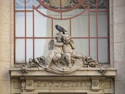 cupids statue on adolphus hotel, usa, dallas, texas
