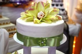 White cake for the wedding