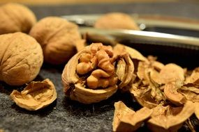 healthy walnuts shells nuts snack protein brown