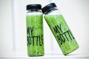 bottle smoothies detox drink