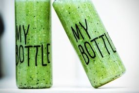 detox smoothies in the bottle