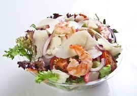 salad, bowl ,meal ,shrimps ,cheese