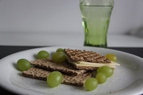 eat grapes cheese crispbread food