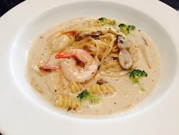 seafood with cream sauce