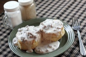 biscuits gravy breakfast food