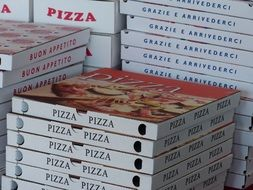 Pizza boxes for delivery service