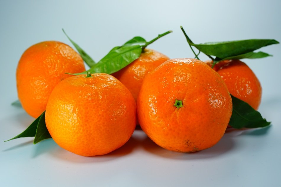 clementines oranges tangerines fruits
