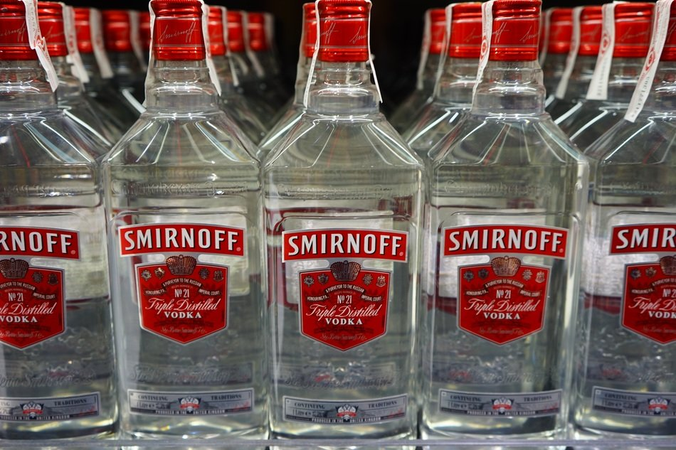 alcohol drink vodka smirnoff