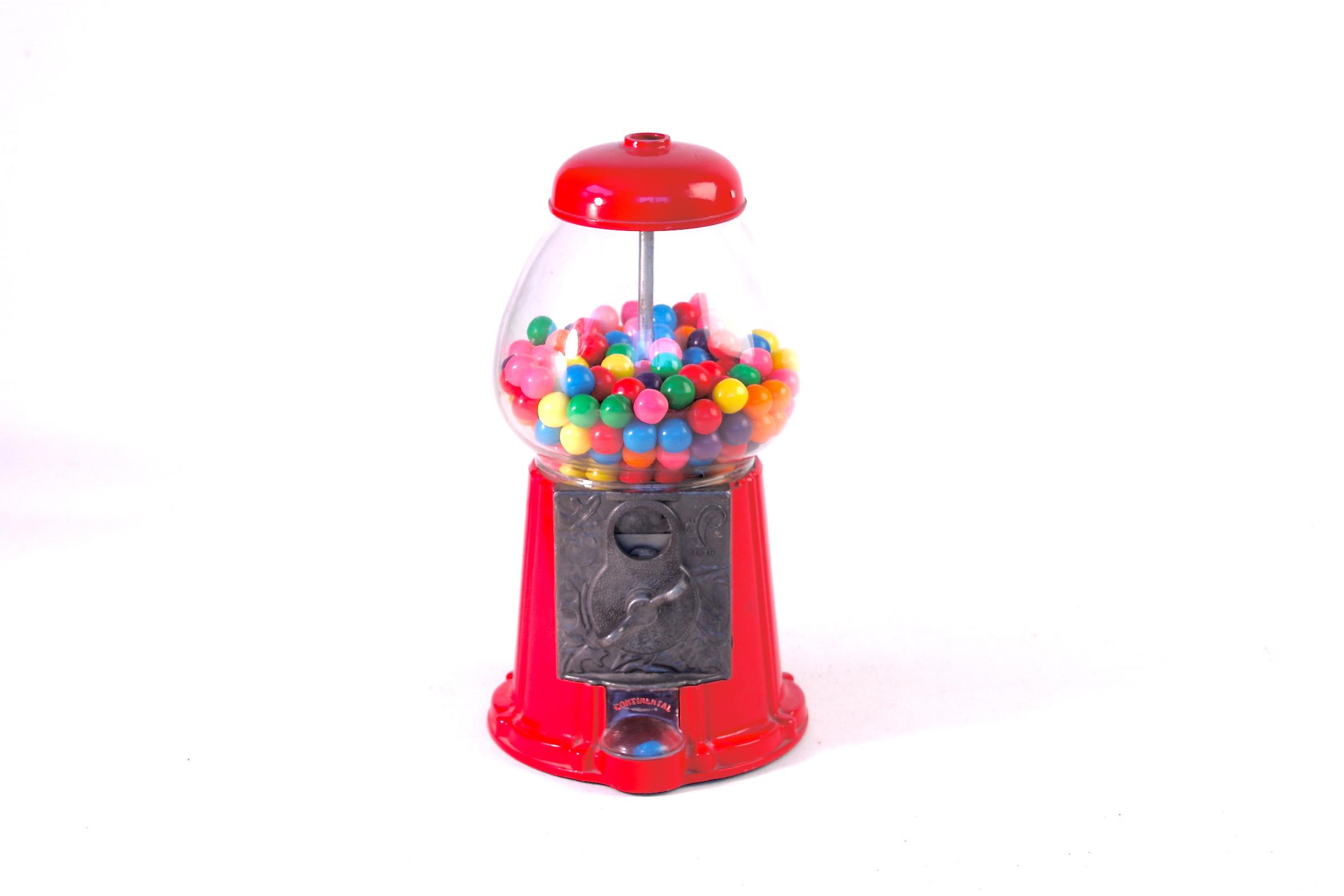 Old fashioned bubble gum machine 67