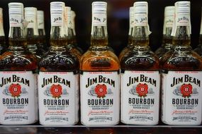 whisky jim beam in bottles