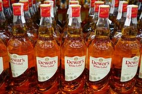 whisky dewars in bottles