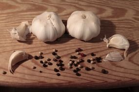 white garlic and black peppers