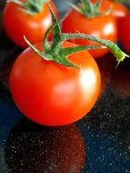 Red organic healthy tomatoes