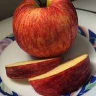 Healthy apple fruit on a plate
