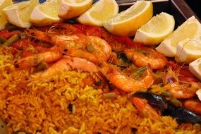 paella is a spain national dish